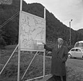 Stortingets veikomité på befaring i Hordaland (1966) (9665516450).jpg