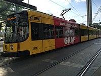 Straßenbahnwagen 2828, Dresden.jpg