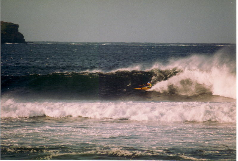 Fájl: Surf in Thurso East.jpg