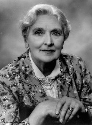 Sybil Thorndike - Sybil Thorndike photographed in 1943