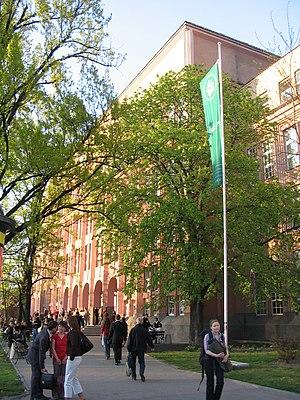 Edward Szczepanik - Warsaw School of Economics.