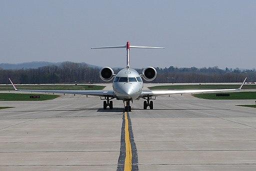 THE CRJ-900 (2455197604)