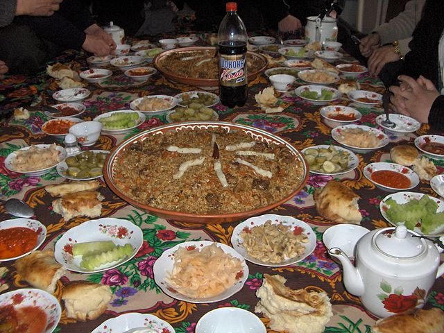 File tajik dastarkhan wikimedia commons for 8 types of chinese cuisine