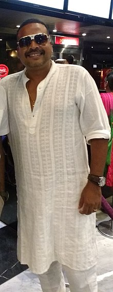 Tamil Actor John Vijay at LUXE cinemas, Chennai (cropped).jpg