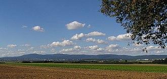 Taunus - Image: Taunus von Karben i