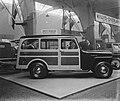 Tentoonstelling RAI. Willys Jeep Station Wagon, Bestanddeelnr 902-7265.jpg