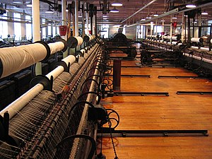 Spinning (textiles) - Image: Textile Spinning room