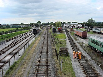 Buckinghamshire Railway Centre - Image: The 2 halves of Buckinghamshire Railway Centre geograph.org.uk 934865