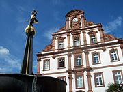 The Old Mint and fountain in Speyer.JPG