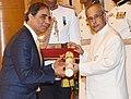 The President, Shri Pranab Mukherjee presenting the Padma Bhushan Award to Shri Hafeez Sorabe Contractor, at a Civil Investiture Ceremony, at Rashtrapati Bhavan, in New Delhi on March 28, 2016.jpg