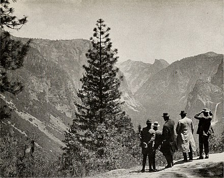 The Yosemite Valley from Inspiration Point, showing visitors gazing at Bridalveil Falls, 1921 The Yosemite Valley from Inspiration Point, Showing Bridalveil Falls.jpg