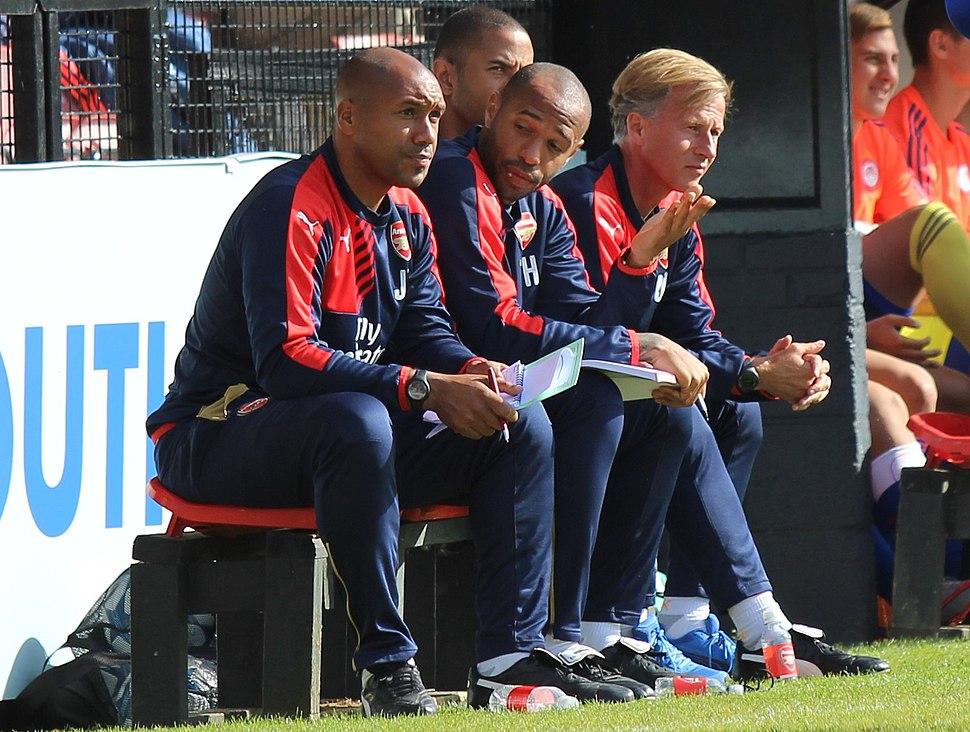 Thierry Henry Jason Brown Arsenal U19s Vs Olympiacos (21217020573)