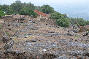Timpone della Motta - The remains of Temple V and the later Byzantine chapel on the acropolis