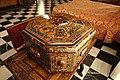 Toilet case, Spain or Mexico, c. 1665-1700 AD, wood, ivory, tortoiseshell, gold leaf - Museo Nacional de Artes Decorativas - Madrid, Spain - DSC07918.JPG