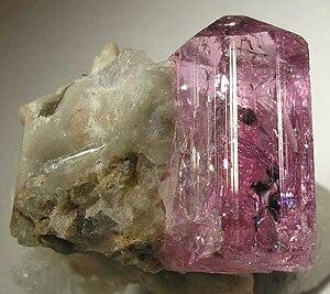 Gemstones of Pakistan - Image: Topaz 37841
