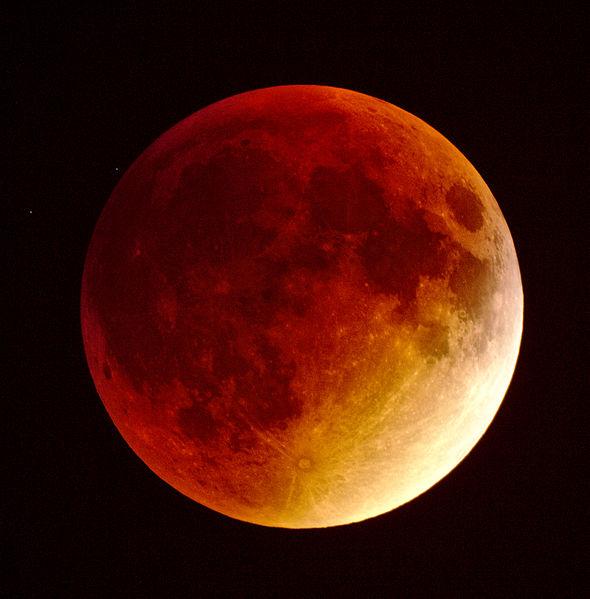 [Obrazek: 590px-Total_lunar_eclipse_2015.09.28_4-1...-Zdroj.jpg]