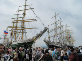 Toulon Voiles de Légende 2013 — Wikipédia