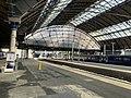Trains in Glasgow Queen Street station 02.jpg