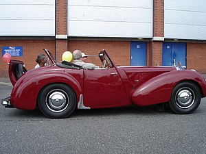 Triumph Roadster - Image: Triumph 1800 roadster side