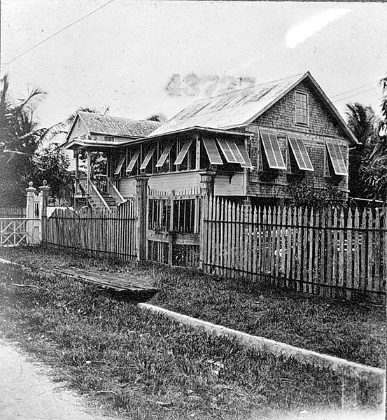 File:Typical cottage in Georgetown (4291090716).jpg