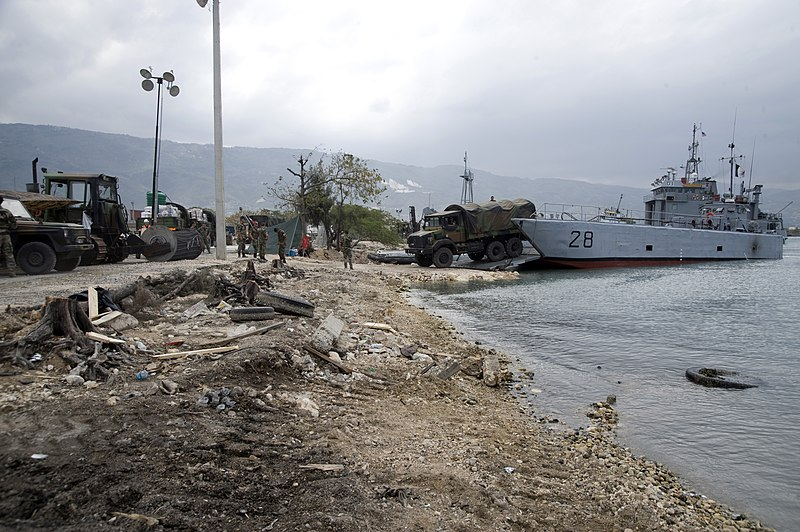 File:US Navy 100125-N-1134L-264 Service members from France offload heavy equipment in the main seaport of Port-au-Prince, Haiti.jpg