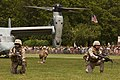 US Navy 110528-M-KZ372-032 Marines from the 24th Marine Expeditionary Unit (24th MEU) perform a helicopter raid at Eisenhower Park as part of Fleet.jpg
