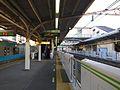 Uguisudanistationplatforms-alt-nov15-2014.jpg