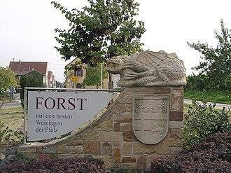 Forst an der Weinstraße - Image: Ungeheuer Forst 2