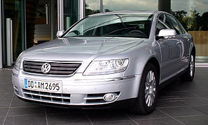 VW-Phaeton-silver-side2.jpg