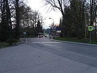 Velké Popovice, pivovar, autobus DPP.jpg