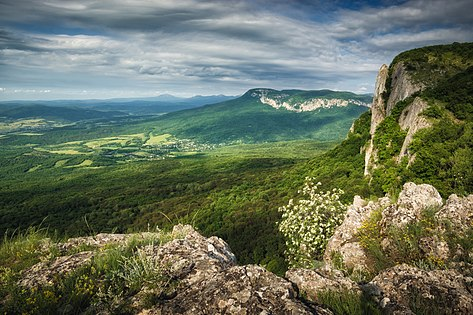 View from the mountain ridge to the Crimea valley.jpg