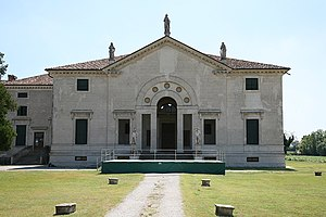 Villa Pojana - Front of the villa