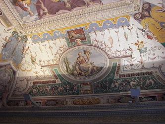 Villa d'Este interior 4.jpg