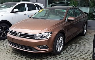 Volkswagen Lamando - Image: Volkswagen Lamando China 2015 04 10