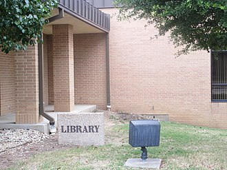 Hill College - Image: W.R. Auvenshine Library in Hillsboro, TX IMG 5580
