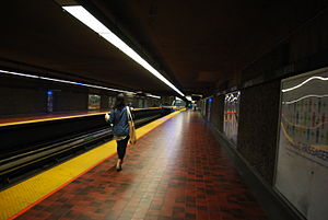 Viau station - Image: WTMTL T13 DSC 0127