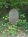 Waldfriedhof Schloß Neuhaus-Gedenkstein Fuechtjohann.JPG