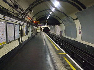Warren Street tube station - Image: Warren Street stn Northern northbound look north