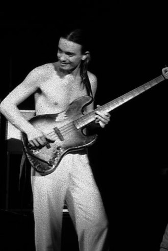 Fender Jazz Bass - Jaco Pastorius playing his 1960 Jazz Bass, on November 27, 1977