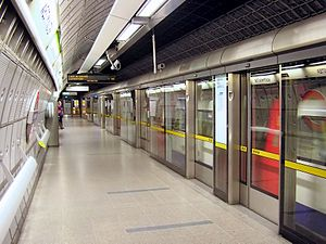 Westminster tube station - Platform screen doors on the eastbound Jubilee line platform