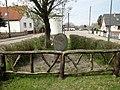 Wulfen Ernst-Thälmann-Denkmal (1).jpg