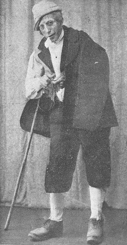 Xosé Mosquera Pérez caracterizado como O Vello dos Contos 1933