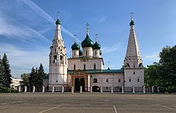 Yaroslavl Church of Elijah the Prophet IMG 0764 1725.jpg