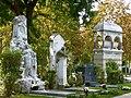 Zentralfriedhof Wien - Grabmal Strauss und Brahms 01.jpg