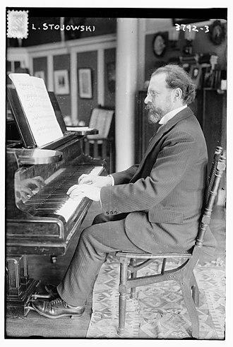 Zygmunt Stojowski - Stojowski in 1916 at his piano.