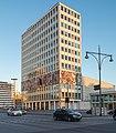 """""""Haus des Lehrers"""", Alexanderplatz 9, Berlin in der abendlichen Dezember-Sonne.jpg"""