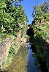Fil:Äldsta slussleden i Trollhätte kanal- och slussområdet.jpg