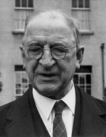 De Valera in the 1960s while president Eamon de Valera, President of Ireland, in 1960s (43915959314).jpg