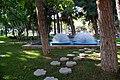 Баку. Площадь фонтанов, между деревьями.JPG