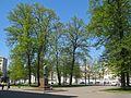 ВМА, памятник Боткину и сад.jpg